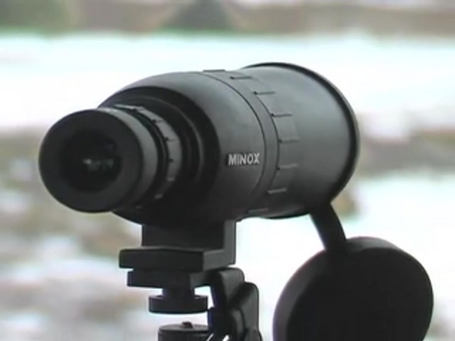 Minox® 16 - 30x50 mm Spotter Matte Black - image 9 from the video