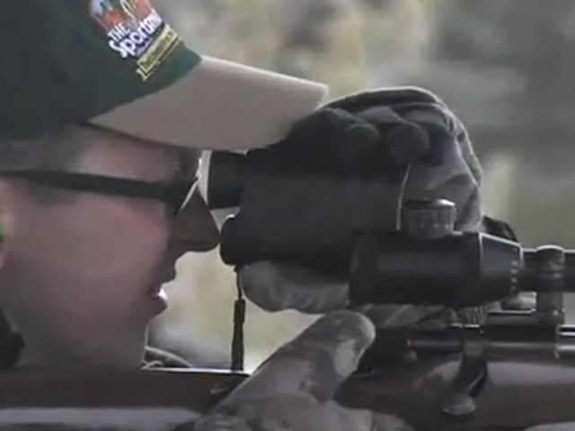 HALO 400 YARD RANGEFINDER      - image 8 from the video