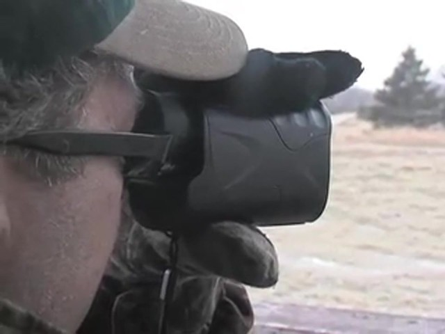 HALO 400 YARD RANGEFINDER      - image 9 from the video