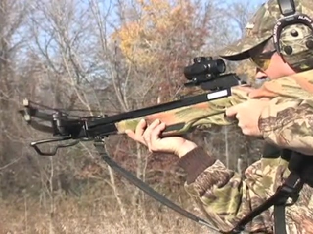 United® 175 - lb. Compound Crossbow Kit - image 1 from the video