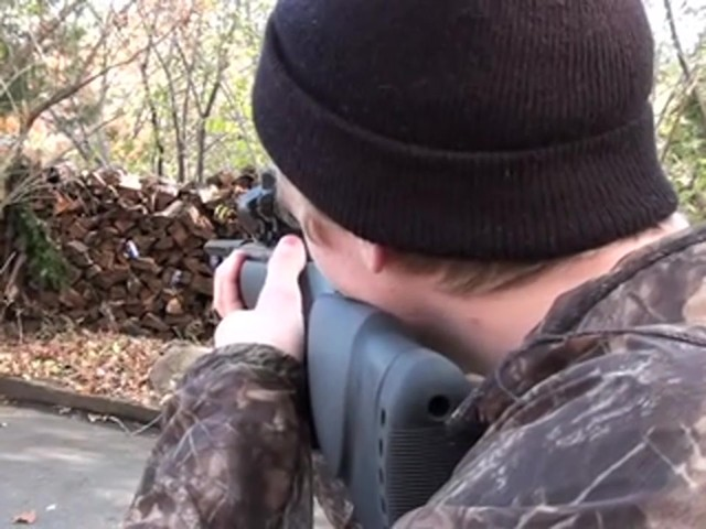 Gamo® Hornet .177 cal. Air Rifle Combo - image 3 from the video