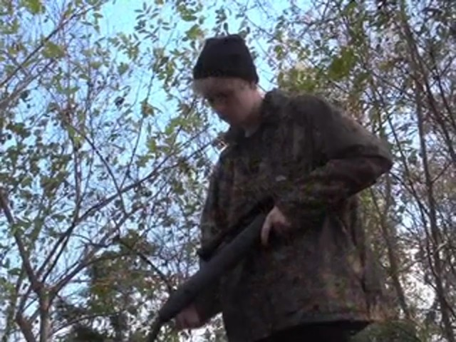 Gamo® Hornet .177 cal. Air Rifle Combo - image 7 from the video