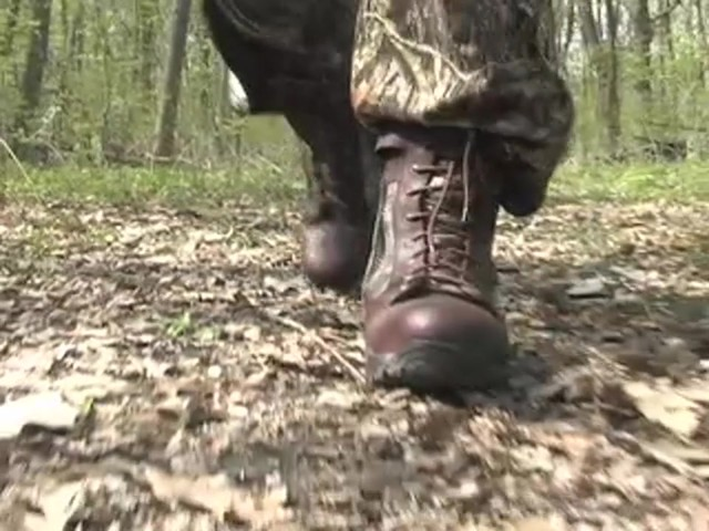 """Men's 9"""" Guide Gear® Waterproof 1000 gram Thinsulate™ Ultra Insulation Side - zip Boots Realtree® Hardwoods Gr - image 2 from the video"""
