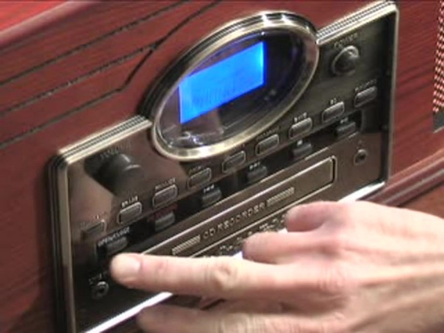 Crosley® Nostalgic CD Recorder / Turntable / Radio / Cassette - image 9 from the video