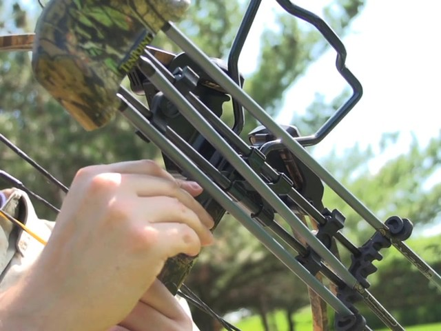 Ten Point Titan Xtreme Crossbow Kit - image 3 from the video