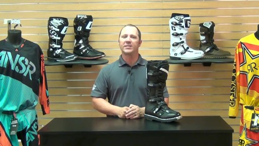 Answer Racing Fazer Motorcycle Boots Review - image 10 from the video