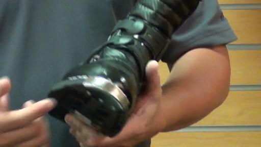 Answer Racing Fazer Motorcycle Boots Review - image 4 from the video