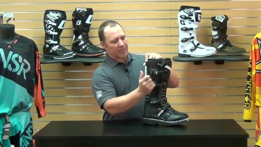 Answer Racing Fazer Motorcycle Boots Review - image 8 from the video