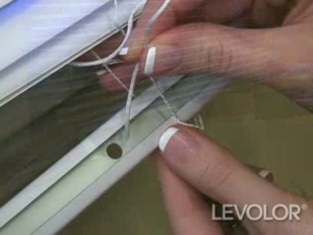 How to Shorten Mini Blinds - Levolor Aluminum and Vinyl Blinds - image 6 from the video