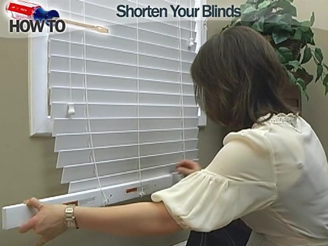 How to Shorten Blinds - Wood and Fauxwood - image 3 from the video