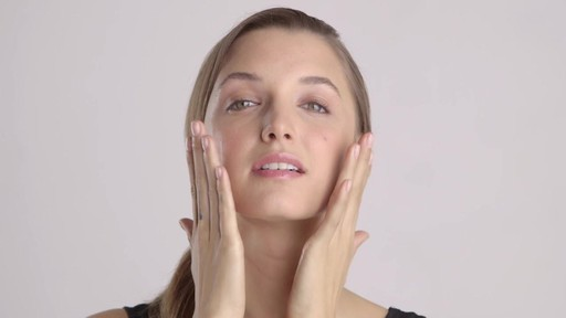 Pure Marula Facial Oil - image 9 from the video