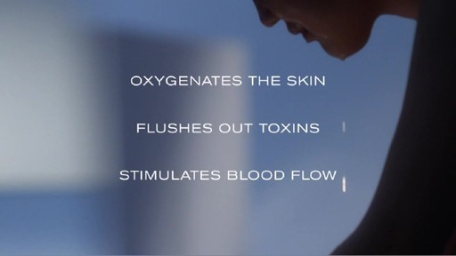 Erno Laszlo Ritual | Step 1: Cleanse - image 6 from the video