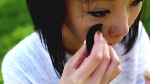 How to Use Ovo Beauty Sponge - image 6 from the video
