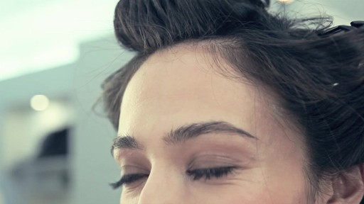 Get Voluminous Hair with T3 Hot Rollers - image 7 from the video