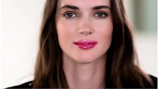 [Smashbox] 3 Be Legendary Lip Looks - image 10 from the video