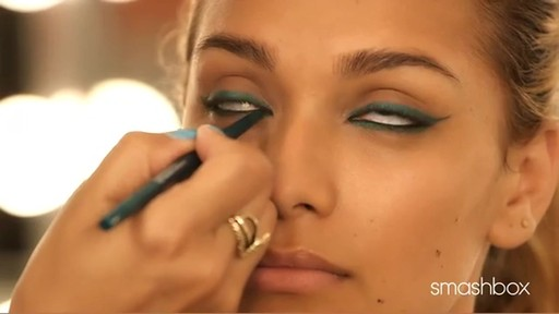 3 Awesome Eyeliner Looks From Smashbox - image 5 from the video