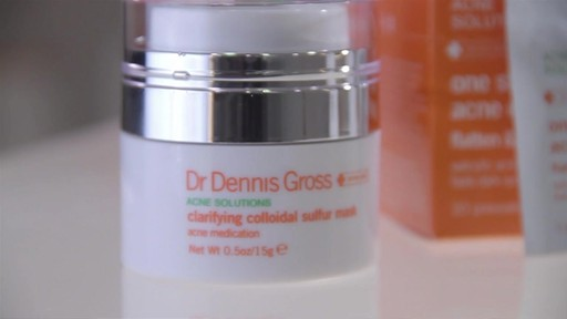 Dr. Dennis Gross Clarifying Colloidal Sulfur Mask - image 8 from the video