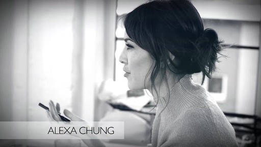 [Eyeko] Alexa Chung Cat Eye Tutorial - image 1 from the video