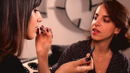 Romy's Tips: Cranberry Lips - image 7 from the video