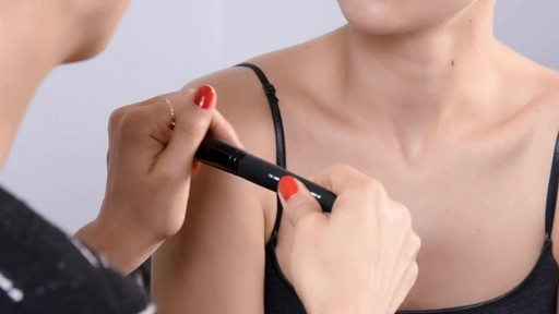 The Right Beauty Tools - image 3 from the video