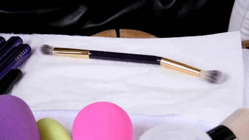The Right Beauty Tools - image 9 from the video