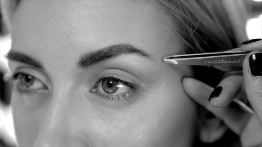 Bold, beautiful brows with Tweezerman tools - image 5 from the video