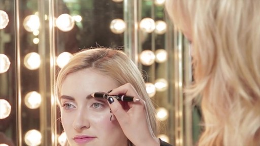 Bold, beautiful brows with Tweezerman tools - image 6 from the video
