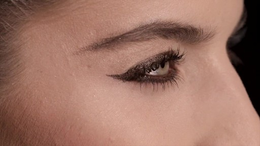 NARS Artistry Sessions : NARS Eyeliner Stylo Iconic Look - image 10 from the video