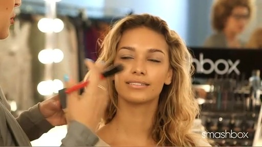 Get Flawless and Luminous Skin with Smashbox Liquid Halo Foundation - image 2 from the video