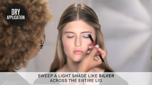 Smashbox Double Exposure Palette | Dramatic Look - image 3 from the video