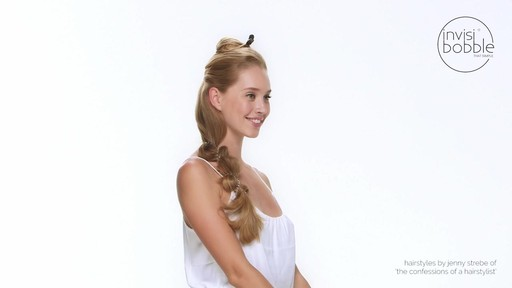 Invisibobble Tutorial: Mermaid Braid - image 4 from the video