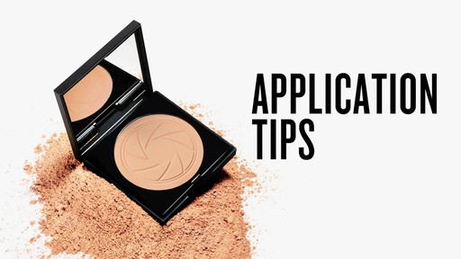 Smashbox Photo Filter Powder Foundation - image 4 from the video