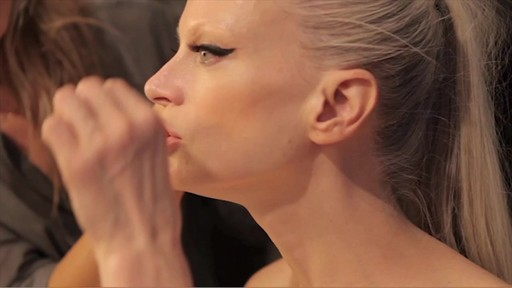 NARS Eyeliner Stylo Campaign Behind The Scenes - image 2 from the video