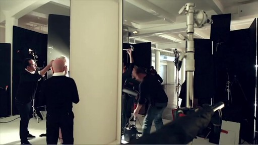 NARS Eyeliner Stylo Campaign Behind The Scenes - image 6 from the video