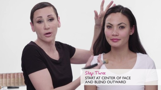 How to apply Laura Geller Baked Radiance Foundation - image 5 from the video