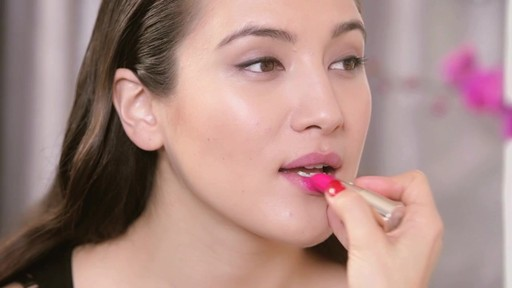 Fall 2013 Trends: Matte Lipstick - image 3 from the video