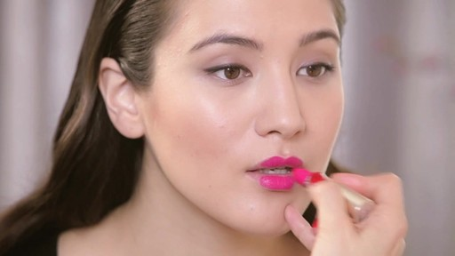 Fall 2013 Trends: Matte Lipstick - image 4 from the video