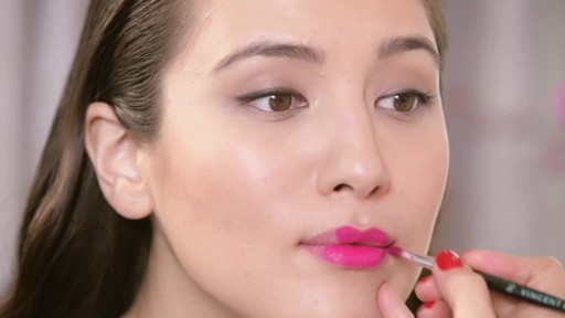 Fall 2013 Trends: Matte Lipstick - image 5 from the video