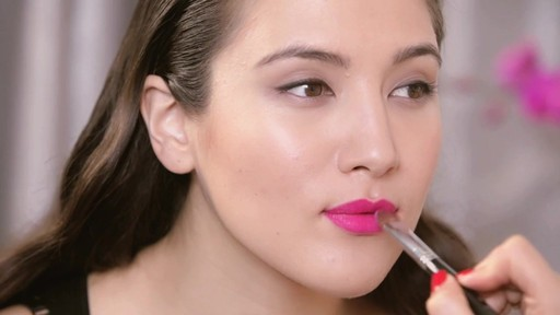 Fall 2013 Trends: Matte Lipstick - image 8 from the video