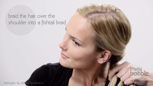 Invisibobble Daylook: Loop Braid - image 4 from the video