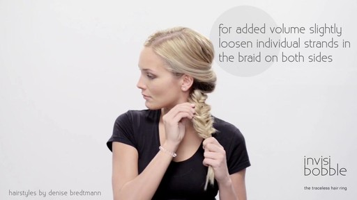 Invisibobble Daylook: Loop Braid - image 6 from the video