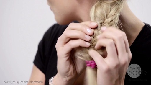 Invisibobble Daylook: Loop Braid - image 8 from the video