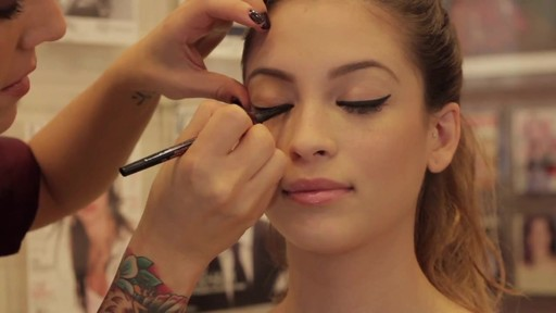 Anastasia Beverly Hills: Bold Cat Eye Look Tutorial - image 8 from the video