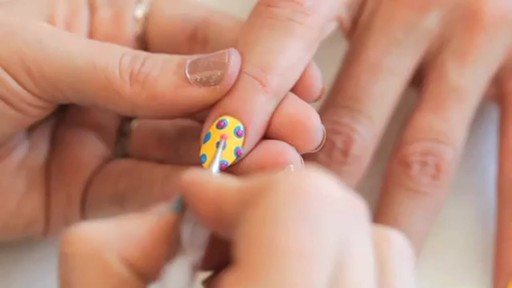 butter LONDON: 3D Pop Art Summer Nail Tutorial - image 9 from the video