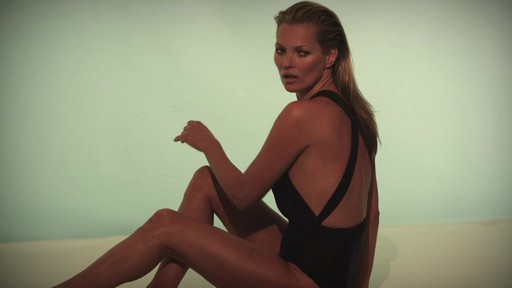 How to Get Kate Moss Body with St. Tropez - image 10 from the video