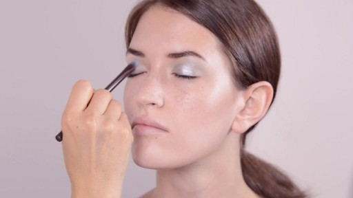 Fall 2014 Inspired Pastel Eye Look - image 4 from the video