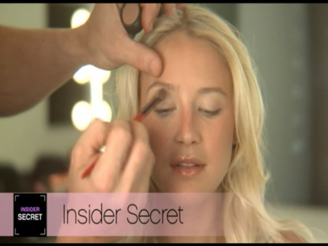 Smashbox Insider Secrets : Everyday Eyes  - image 4 from the video