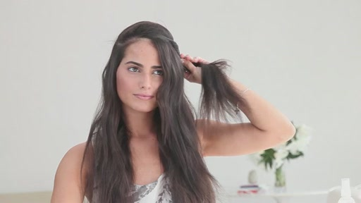 amika: small to big curls with 13-25mm tourmaline curler - image 2 from the video