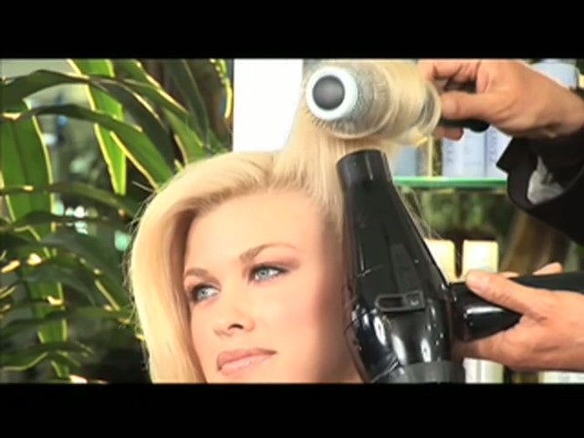 Nick Chavez Beverly Hills Revamp Restyling Refresher Spray - image 4 from the video