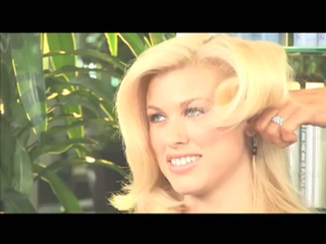 Nick Chavez Beverly Hills Revamp Restyling Refresher Spray - image 5 from the video